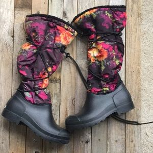Dirty Laundry Floral Boots